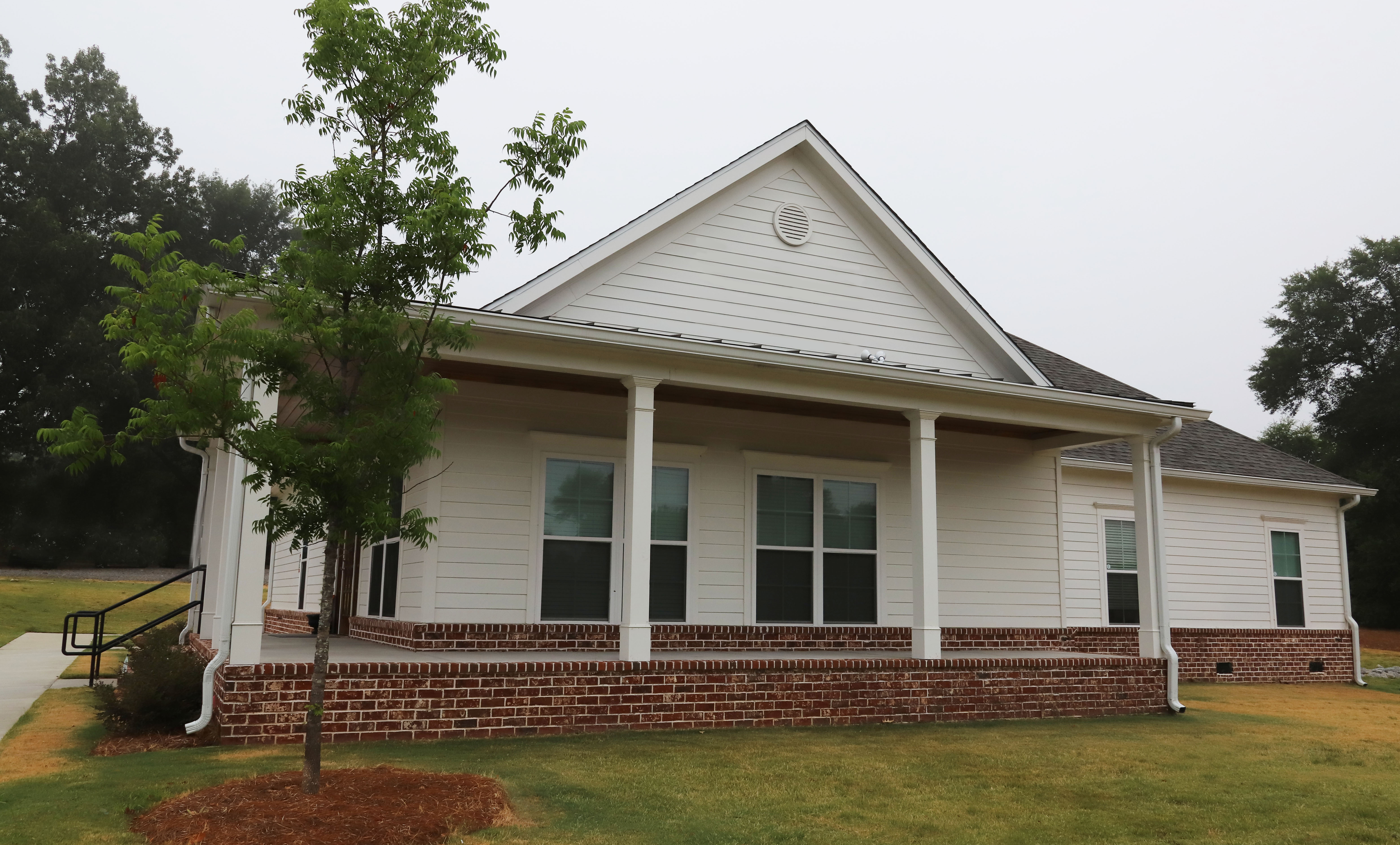 Side view of Westmoreland Family Dentistry dental practice